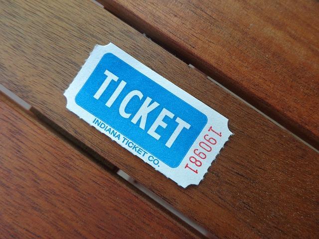 Shoppa konsert- och teaterbiljetter online
